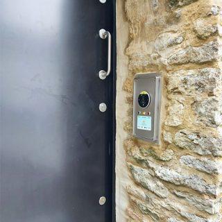 Contactless Payment Door Reader